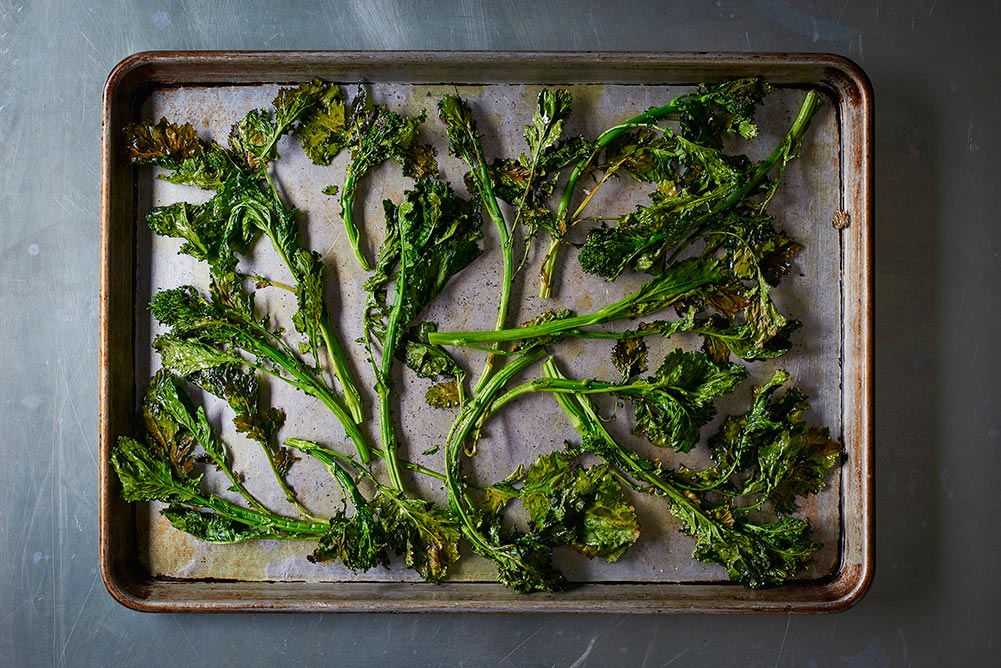 02_BR_roasted_broccoli_lemon_chicken_pan_001_webimg